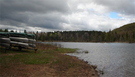 Picture of shoreline of Hinsberger Lake at Spirit Point